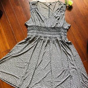 Adrienne Vittadini Grey & Black Print Dress sz XXL